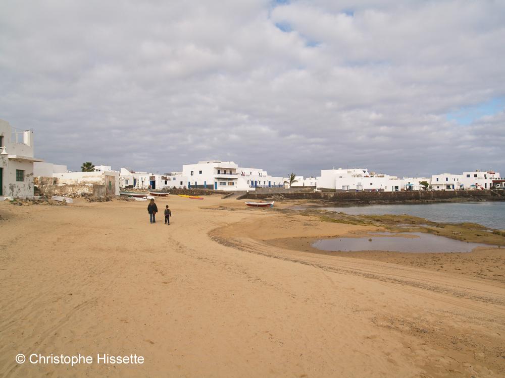 Caleta de Sebo beach, La Graciosa