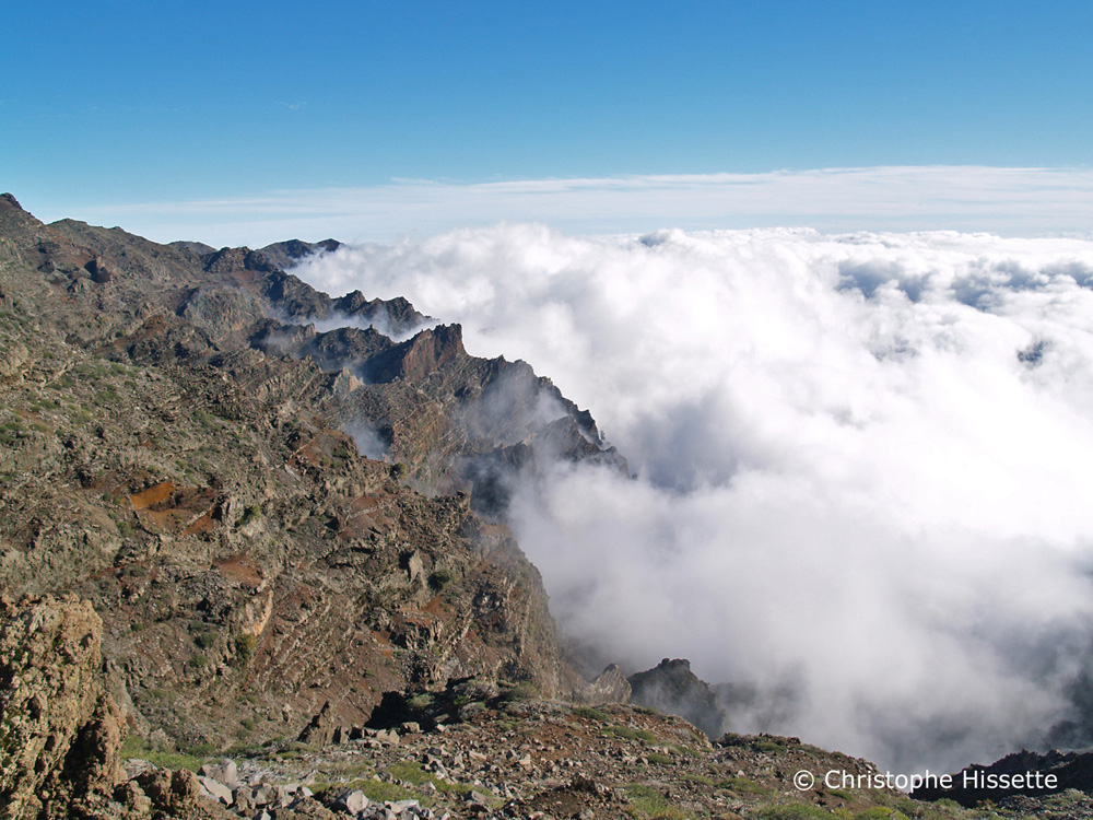 Sea ​​of ​​clouds at Mirador de los Andenes, Caldera de Taburiente National Park, La Palma