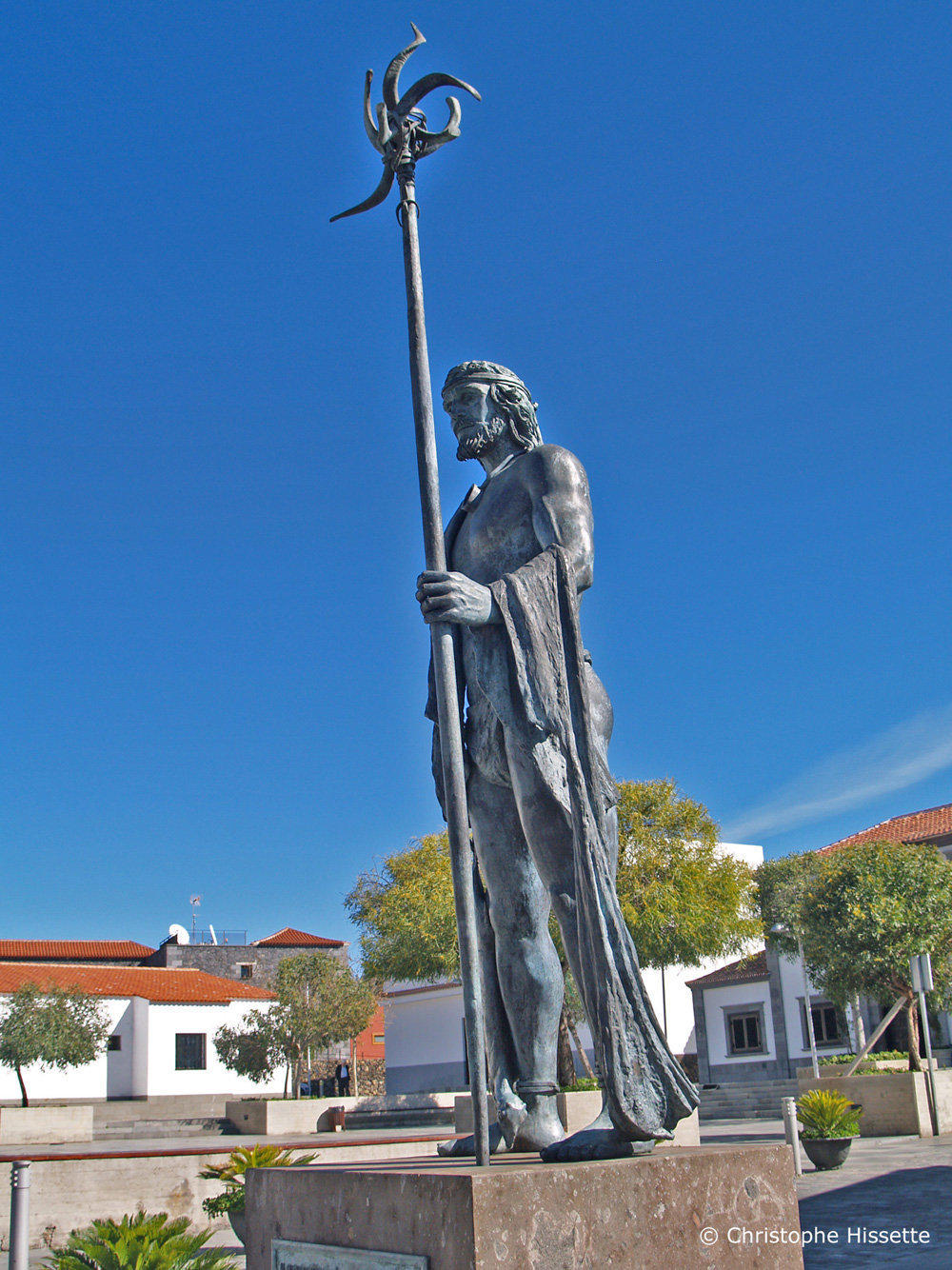 Statue in memory of the Guanche leader Alonso Díaz, Santiago del Teide, Tenerife