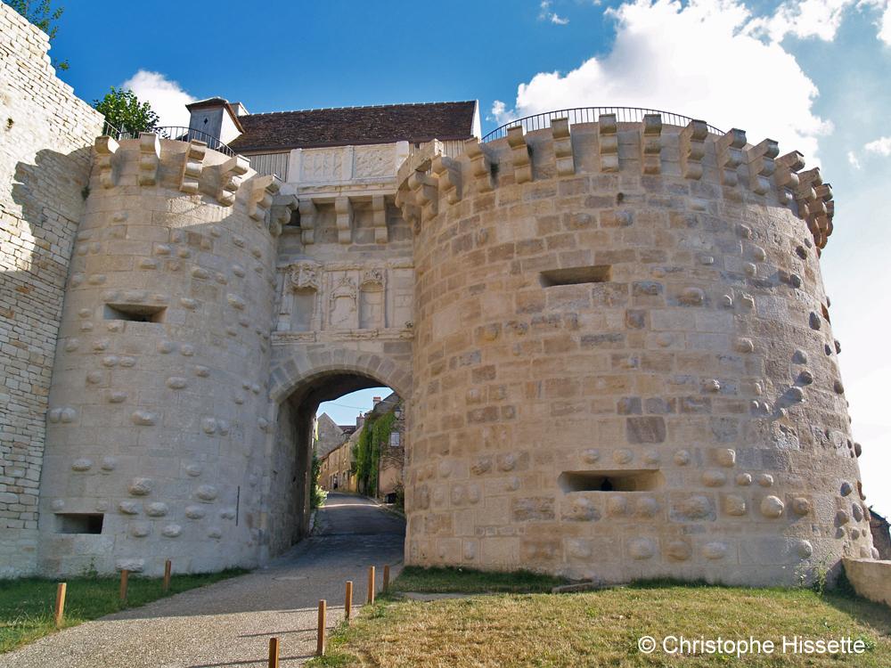 Porte-Neuve de Vézelay  (Patrimoine Mondial de l'Unesco - Chemins de Compostelle), Vézelay, France